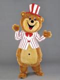 mascotte orso presentatore